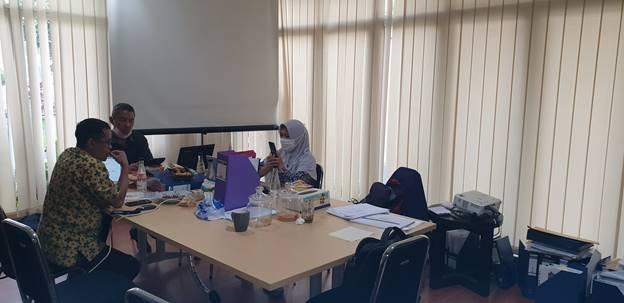 Pertemuan Dosen Maksi Mempersiapkan Dokumen Borang